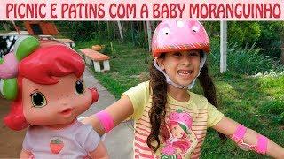 Passeando com a Baby Moranguinho - PATINS E PICNIC NO PARQUINHO