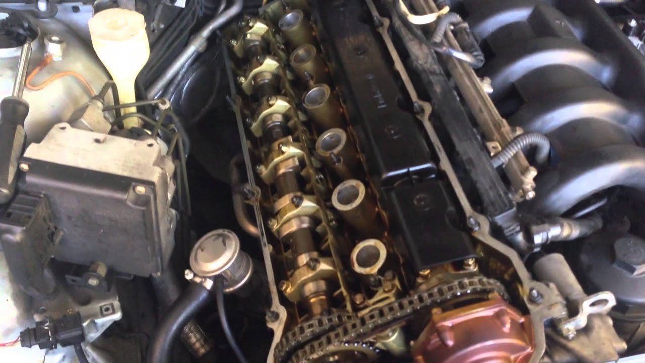 How To Replacement Valve Cover Gasket 97 03 Bmw 5 Series