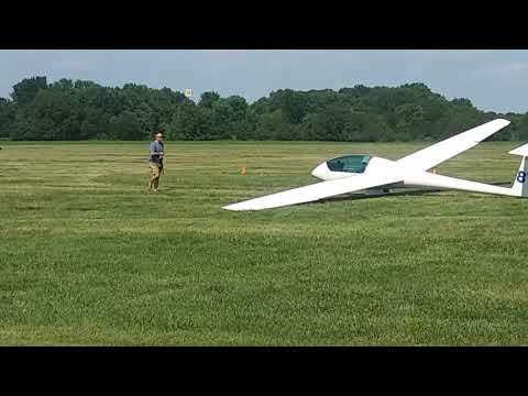 awesome-glider-airport-video