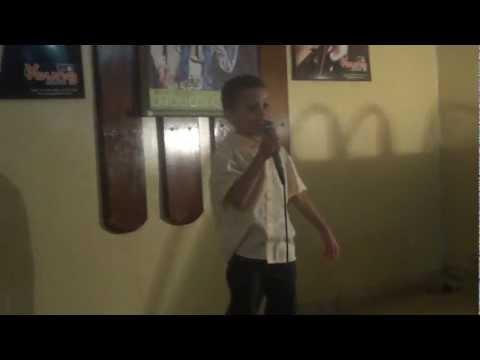 Raphael Trem Trim no Karaoke