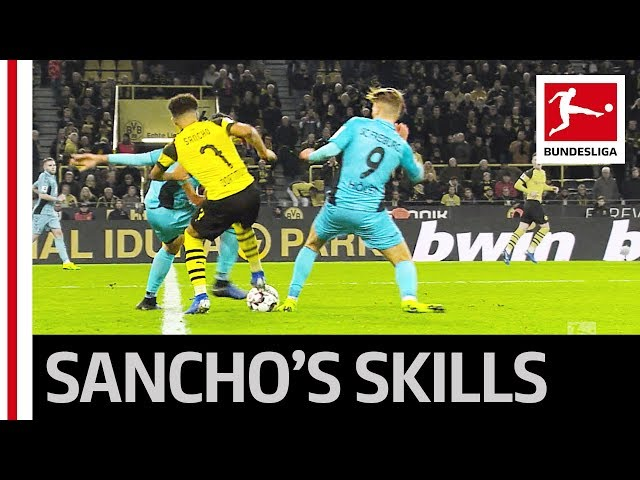 Jadon Sancho - Magician on the Ball - Dortmund's Young Gun Shows Great Skills