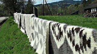 Карпатские покрывала завоювывают большую популярность (новости)(http://ntdtv.ru/ Карпатские покрывала завоювывают большую популярность. Карпатский лижнык - одна из визитных карт..., 2016-06-10T12:32:44.000Z)