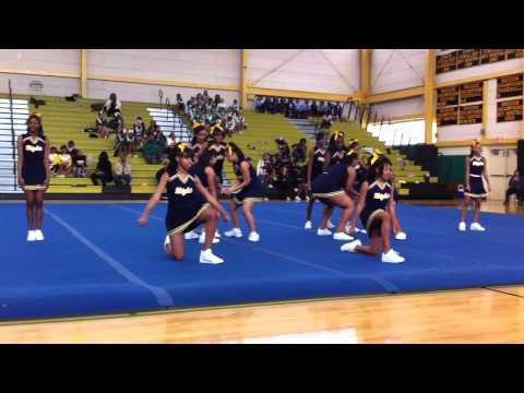 Gholson Cheerleaders Competition 2011
