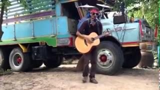 Tài năng đường phố guitar + trống