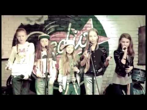 Open Kids   Stop People! live at Europa Plus Radio Bar Kiev 107 0 FM 2013