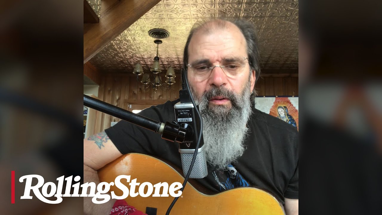 Steve Earle Plays 'Copperhead Road' From Home in Tennessee | In My Room
