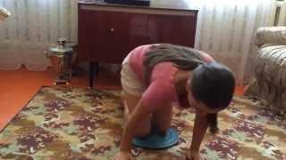 Про спорт. Упражнения с диском для похудения(Занимайтесь спортом вместе с нами!, 2014-08-26T11:58:42.000Z)