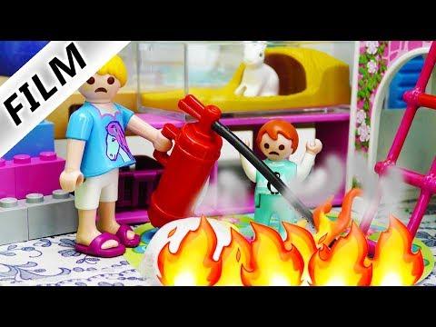 Playmobil Film deutsch | FEUER im KINDERZIMMER Weihnachts Kranz Unfall bei Familie Vogel Kinderserie