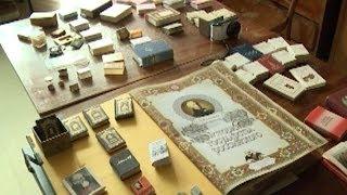 Более двух тысяч миниатюрных книг собрал кубанский коллекционер