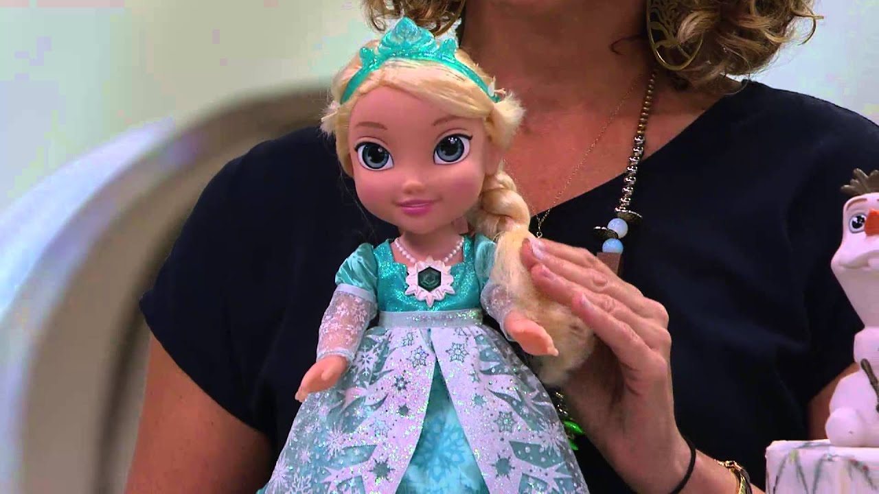 Disney S Frozen Singing Elsa Doll With Light Up Dress And