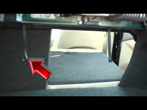2012 NISSAN Altima - Folding Down the Rear Seats