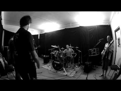 Tendrills - Fatal Attraction (no estúdio)