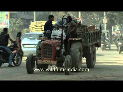Busy streets of Dausa, Rajasthan