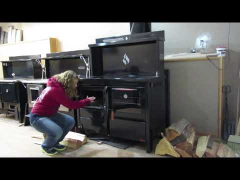 Obadiah's: The Heco 520 Wood Cookstove Vs. The Kitchen Queen