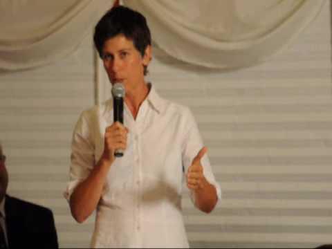 Meredith Brown, Ottawa River Keeper, speaking in Hawkesbury
