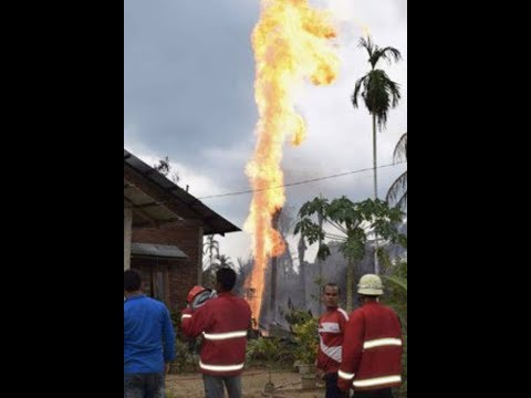 "Breaking News: ""Oil Well Explosion Indonesia 15 Dead 40 Injured"""