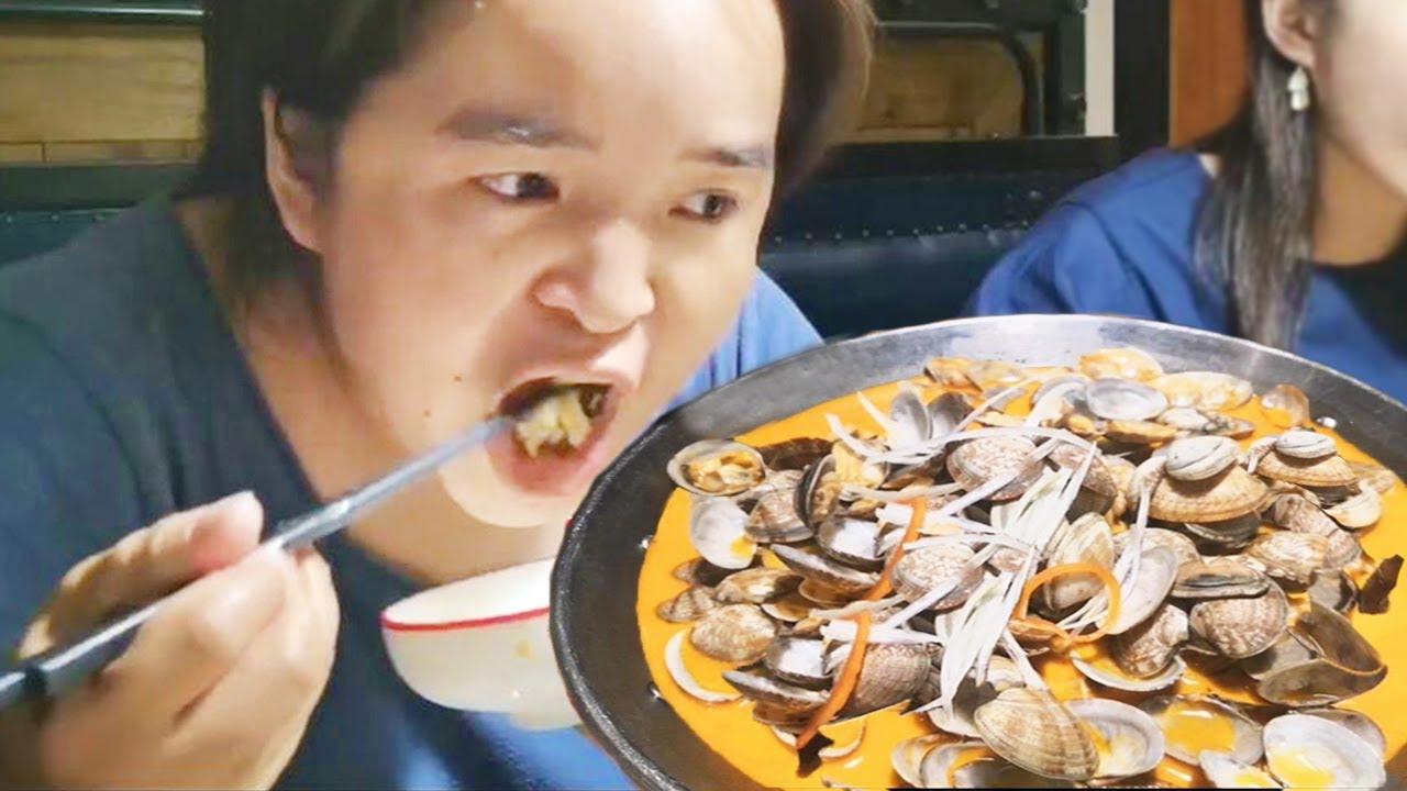 苗大姐游西湖吃杭州菜,200元吃8个菜,味道可香了,不虚此行【苗阿朵美食】