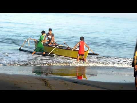 Hampas ng Alon: Panghaharas ng Chinese Coast Guard sa mga Mangingisdang Pinoy