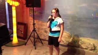 Mary Elise karaoke