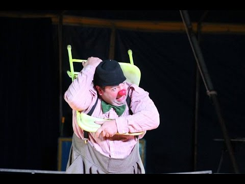 FaFa (Faeble Kievman) Clown Chair act: Lewis and Clark Circus 2017