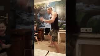 Веселые танцы папы и сына)))
