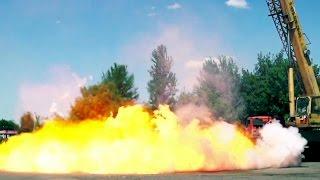 Падение композитного газового баллона с 30 метров. Gas-tank falls from 100 ft.(Отличные кадры скоростной камеры. Beautiful Slow-motion., 2016-04-07T07:00:00.000Z)