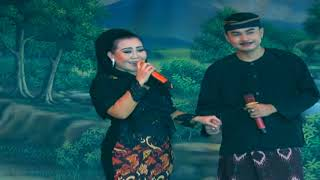 Tembang - Dwi Warna - Batur Seklambu - Voc. Ella - Live Bongas Penanggul   Arya