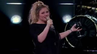 Kelly Clarkson - A Minute + a Glass of Wine (Live in Uncasville, CT) [Night #1]