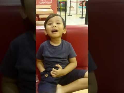Anak lucu liturgi bahasa batak
