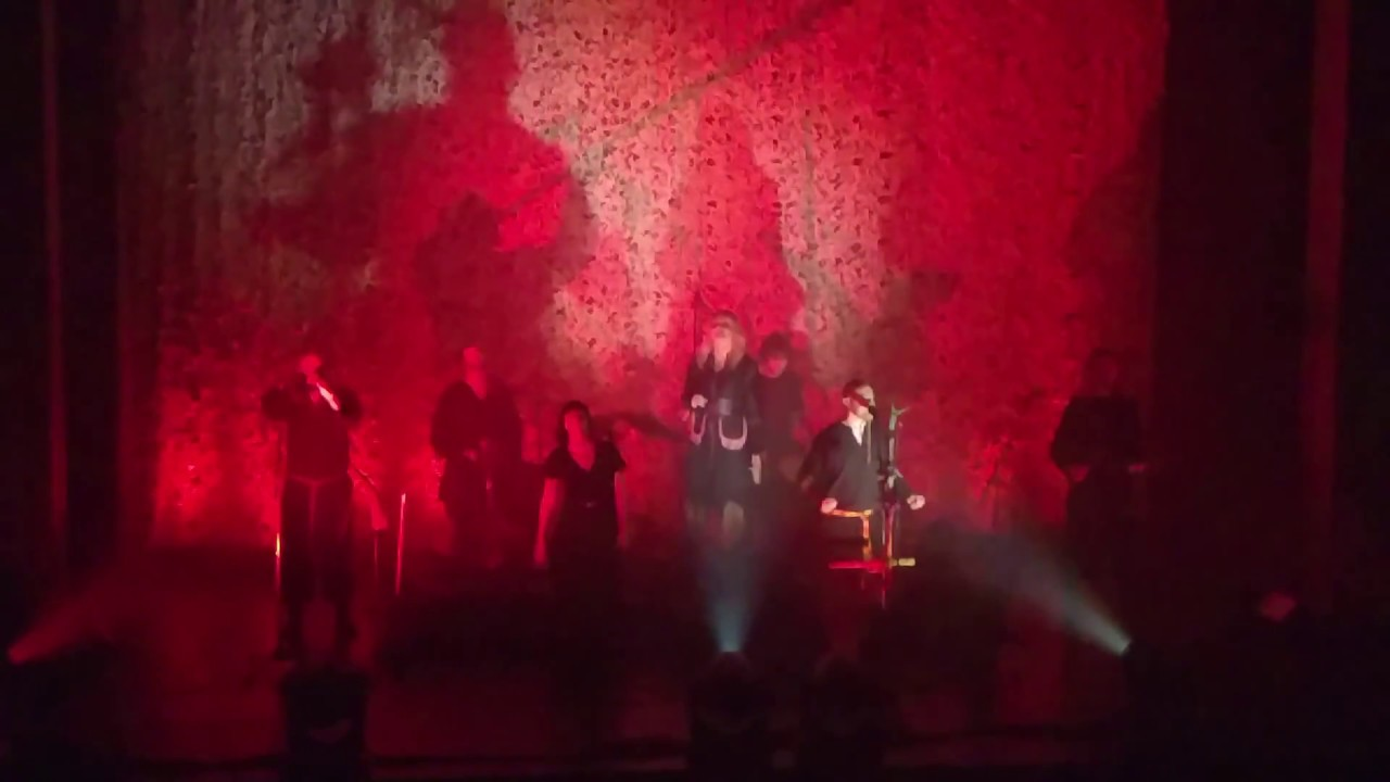 Wardruna with Eivør - Helvegen (Live)
