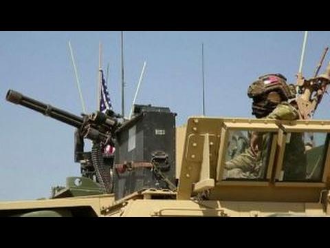 US Marine vehicles deploy to Syria-Turkey border
