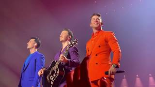 Download Mp3 Jonas Brothers - Rollercoaster - Happiness Begins Tour 2019  Pit  Opening Night
