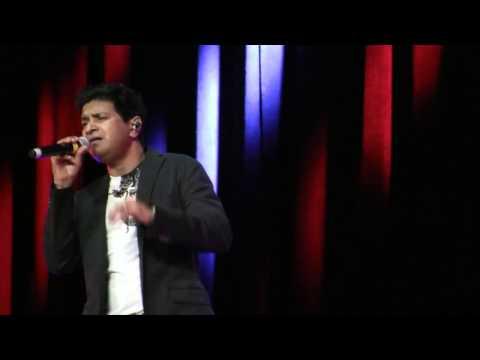 """KK singing """"tadap tadap"""" at NABC 2014"""