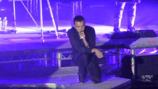 Hurts - Evelyn - Cupid (live Berlin 2013)