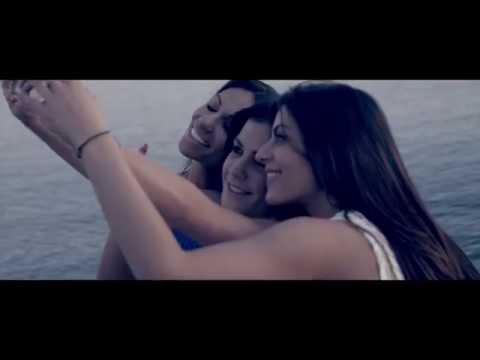 Δημήτρης Γιώτης - Εδώ γελάμε | Dimitris Giotis Edo gelame - Official Video Clip