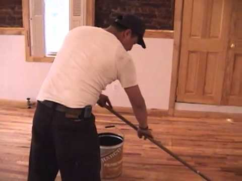 What Does It Look Like To Apply Polyurethane To Hardwood Floors?
