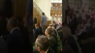 Erdoğan camiye girince cami tekbir sesleriyle doldu