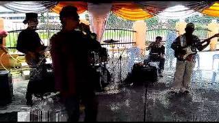 Ku Nanti Kau Pulang - A.Ramlie Cover by Victoria Band