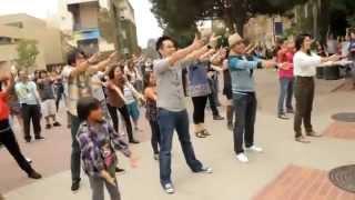 Nhac Viet Nam | Màn cầu hôn đình đám của chàng trai Việt trên đất Mỹ | Man cau hon dinh dam cua chang trai Viet tren dat My