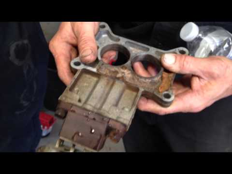 Issue With Carb Spacer On Peter's 1973 Mustang Convertible - Day 32