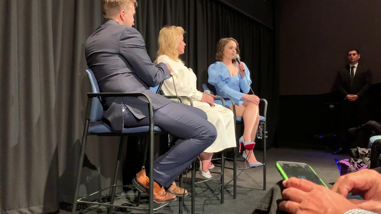 惡行 THE ACT Q&A with 喬伊•金 Joey King and 帕特裏夏·阿奎特 Patricia Arquette at The Landmark on 1/7/2020. - YouTube