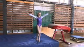 Andrea Černá gymnastika-Doksy 2013 přeskok