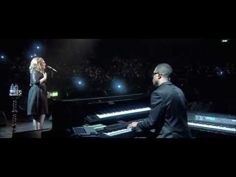 Adele - Someone Like You (Live at The Royal Albert Hall)