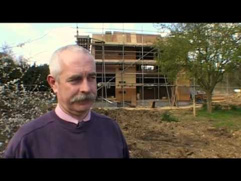 "Grand Designs (S08E08) - ""The Wooden Box: Revisited"" (Revisited from Series 3: Episode 1)"