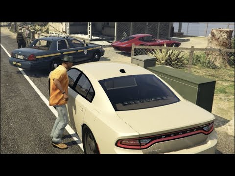 GTA 5 FiveM RP - IVE BEEN KIDNAPPED By FAKE Police!!