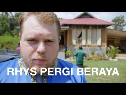Rhys Pergi Beraya