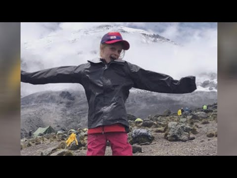 """Girl, 7, climbs Mt. Kilimanjaro to get """"closer"""" to her late father, breaks world record"""