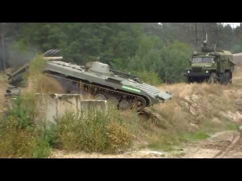 4 BMP greifen an !!! Tag der Technik Show, Mahlwinkel 2013