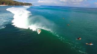 Epic Swell Hits Padang Padang in Bali, Indonesia - 4K Drone Surfing Footage(, 2016-02-10T20:37:12.000Z)