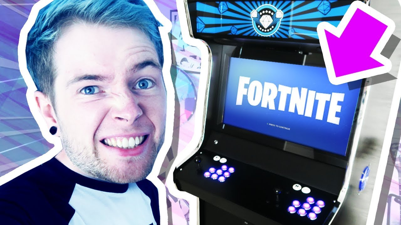 WORLD'S FIRST FORTNITE ARCADE MACHINE!!!